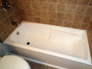 Bathtub after Refinishing and reglazing